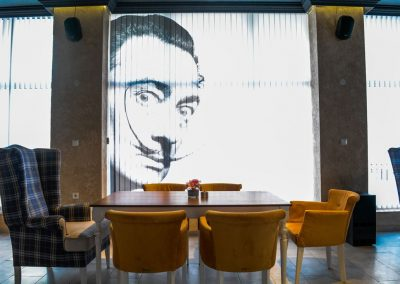 "Интериор на ресторант Bar & Dinner ""DALI"""